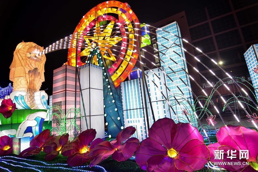 2015东盟花灯音乐节在马来西亚开幕