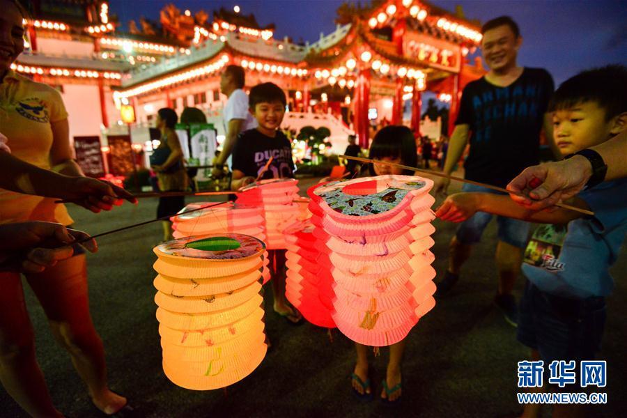 (国际)(6)马来西亚华人欢度中秋节