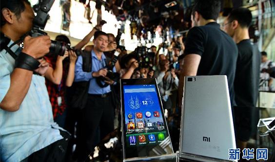 """中國""""小米3""""智能手機進入馬來西亞市場"""