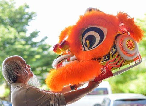 蕭斐弘:馬來西亞的舞獅帶路人