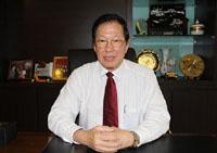 馬來西亞中國總商會總會長黃漢良祝賀新華網馬來西亞頻道上線